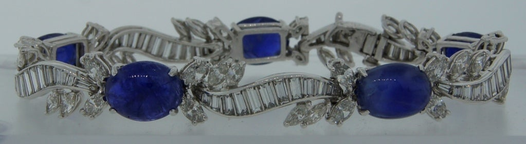 1960s Van Cleef & Arpels Cabochon Sapphire Diamond and Platinum Bracelet In Excellent Condition For Sale In Beverly Hills, CA