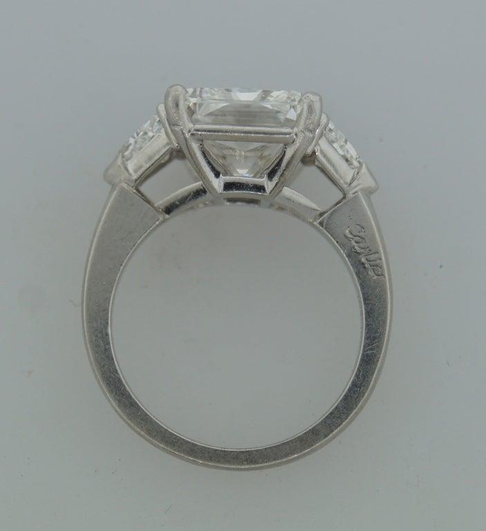 Cartier Diamond Platinum Three-Stone Ring GIA Certificate For Sale 1