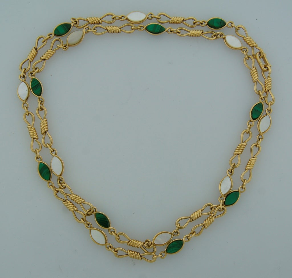 Instyle Decor Com Beverly Hills Beautiful Mother Of Pearl: Van Cleef And Arpels Malachite Mother-of-Pearl Yellow Gold
