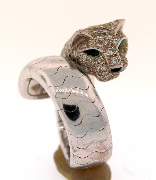 Contemporary Cartier Emerald Diamond White Gold Panthere Ring For Sale