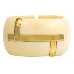 An Ivory and Gold Geometric Cuff