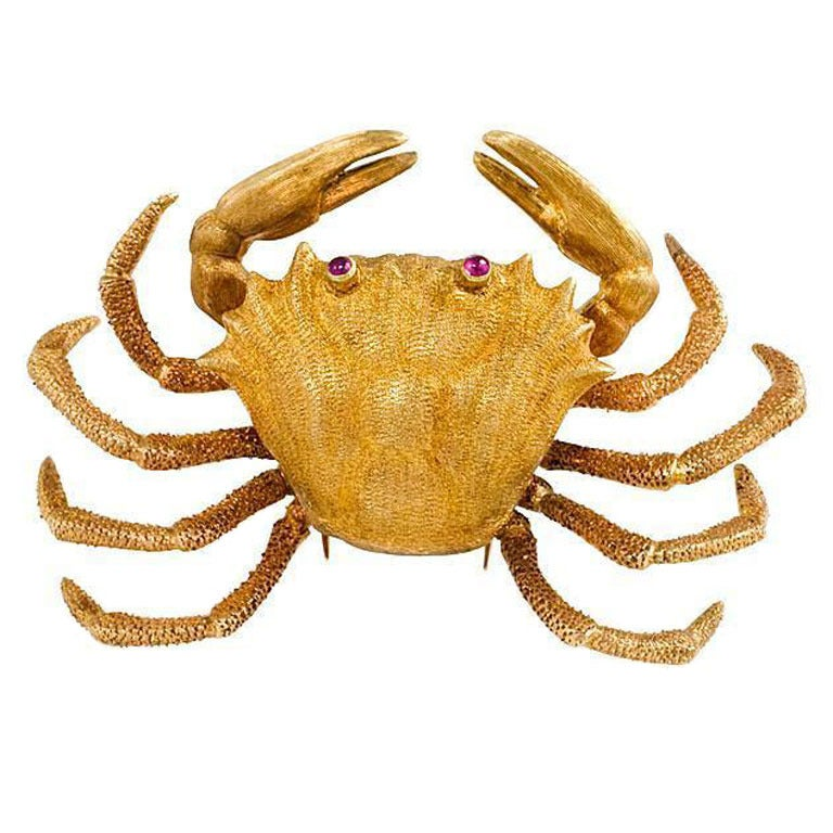 A Buccellati Gold Crab Brooch.