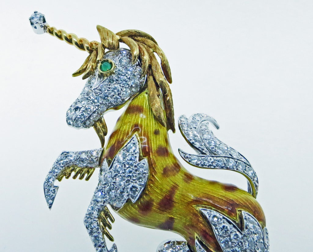 Enchanting Unicorn Brooch In Excellent Condition For Sale In Lambertville, NJ