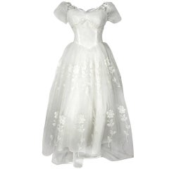 1950  FINE TULLE LACE APPLIQUE WEDDING TEA LENGTH DRESS