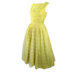 VINTAGE 1950'S  BUTTERYELLOW  GOLD FULL SKIRT SUMMER PARTY DRESS