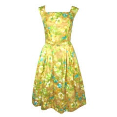 VINTAGE 1950s FLORAL SUMMER DRESS PLEATED W BELT