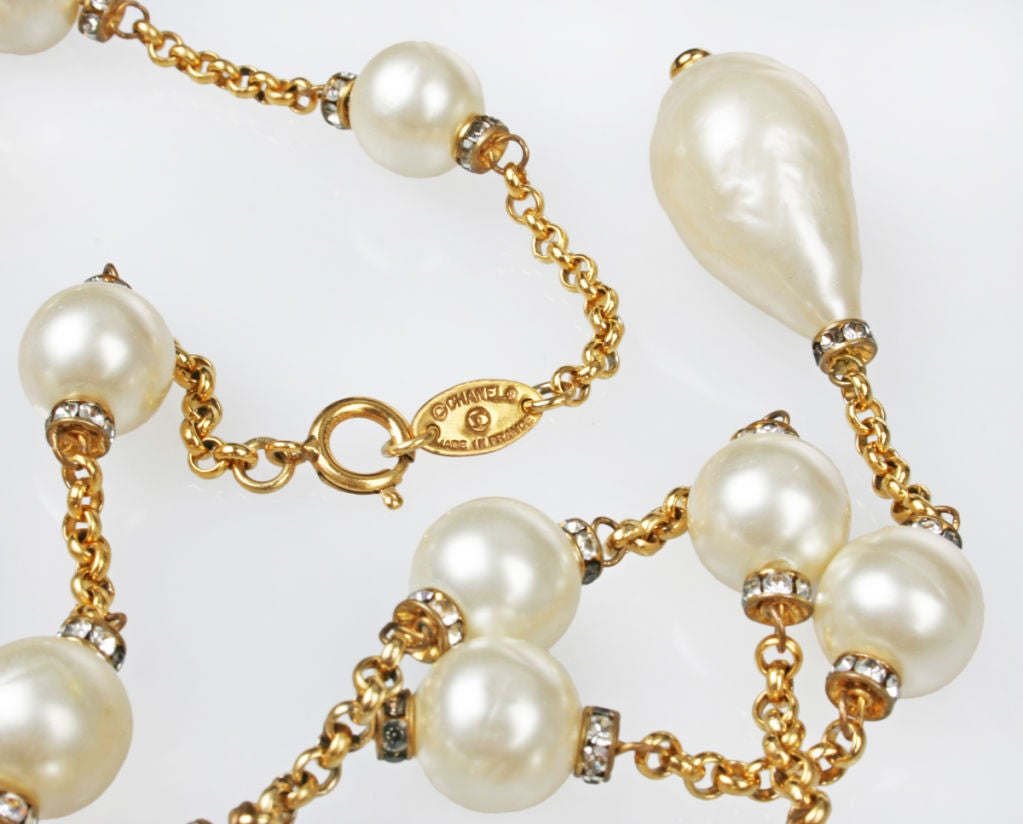 Demure CHANEL  Faux Mabe Pearl and Rhinestone Necklace image 5