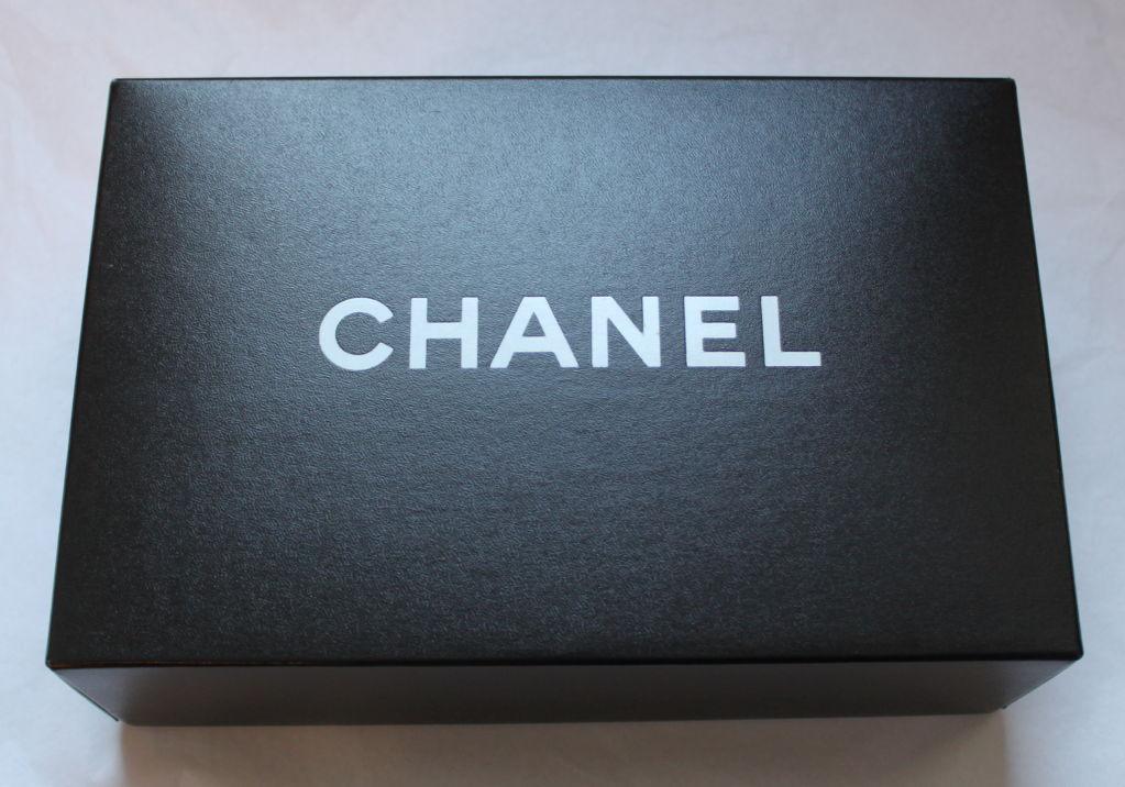 CHANEL black caviar Mademoiselle flap bag with gilt chain 4