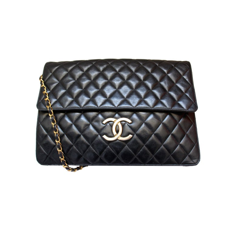 oversized CHANEL convertible black leather quilted messenger bag 1