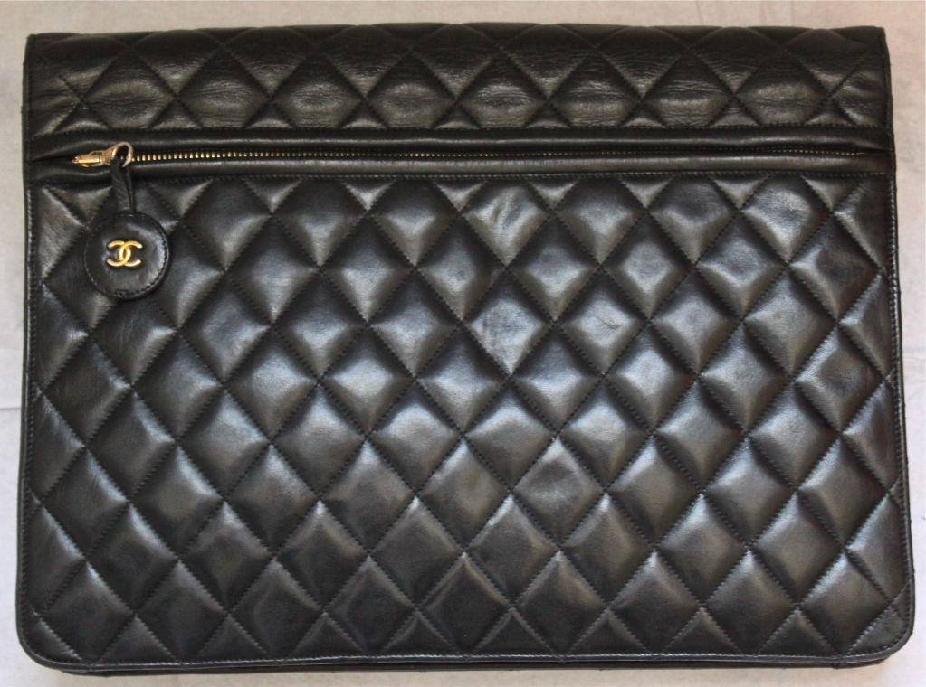 oversized CHANEL convertible black leather quilted messenger bag 2
