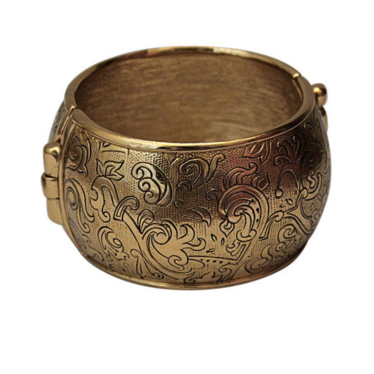 756427a902 1976 YVES SAINT LAURENT Russian collection gilt cuff with etching