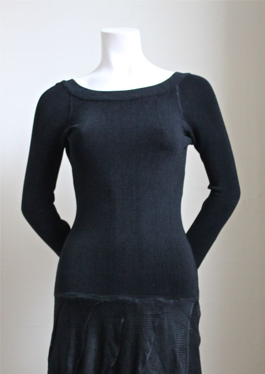 1980's AZZEDINE ALAIA black dress with open back & ruffled skirt 2