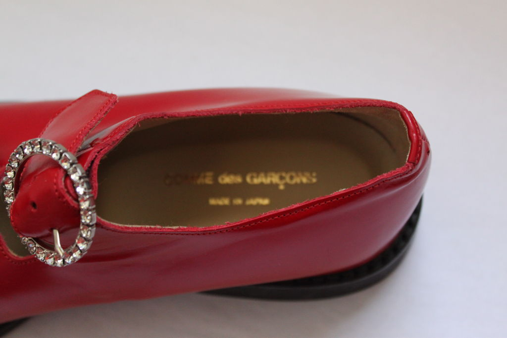 unworn COMME DES GARCONS red shoes with rhinestone buckles 2