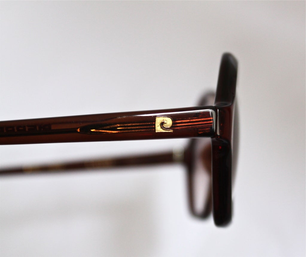 very rare unworn 1960's PIERRE CARDIN sunglasses with case & box image 3