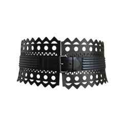 AZZEDINE ALAIA black leather laser cut corset belt - size 70