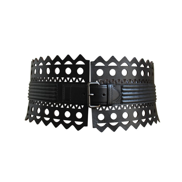 AZZEDINE ALAIA black leather laser cut corset belt - size 70 1