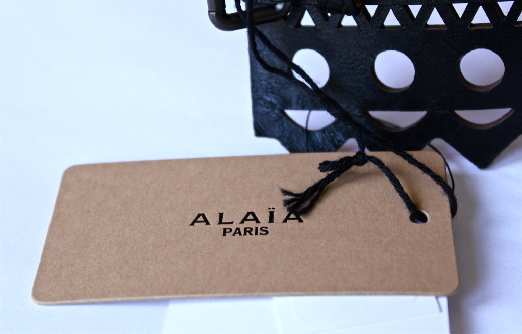 AZZEDINE ALAIA black leather laser cut corset belt - size 70 3