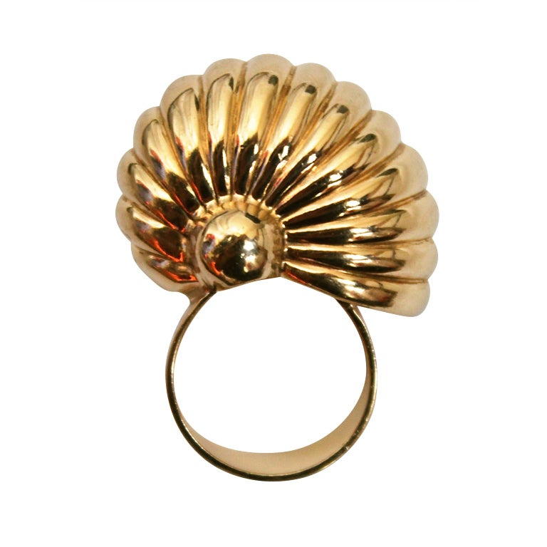 1970 s cartier oversized gold shell ring at 1stdibs