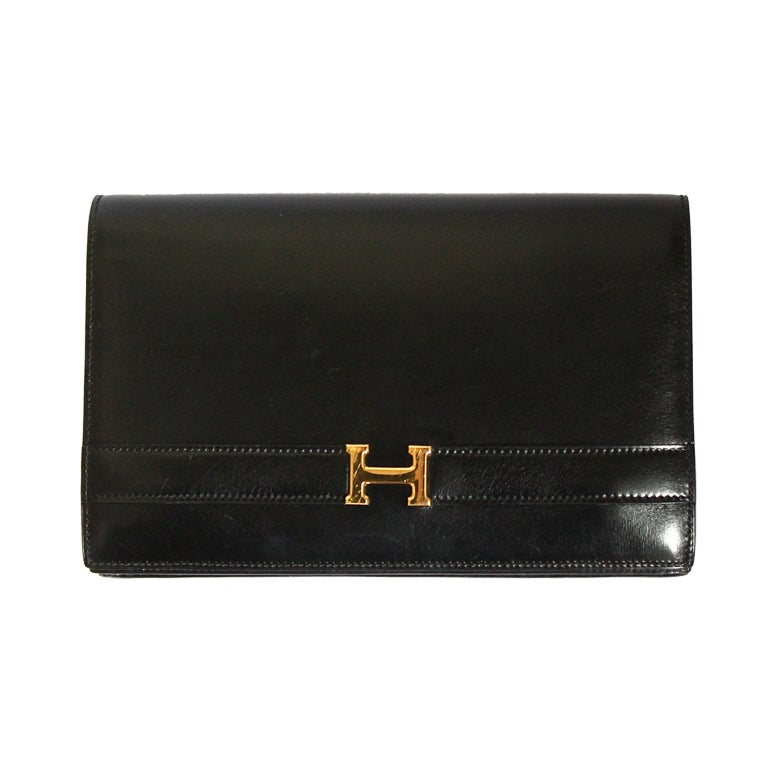 HERMES Annie black box leather clutch with gold hardware & strap For Sale