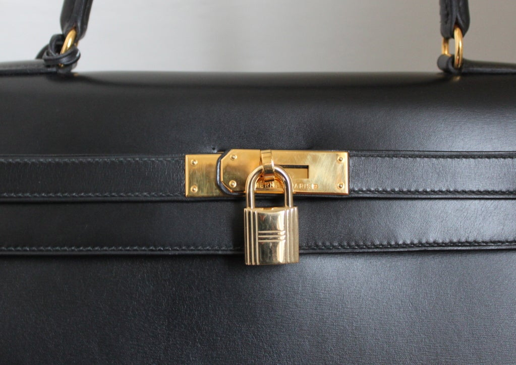 HERMES KELLY 35 cm black box leather rigid bag / gold hardware 4