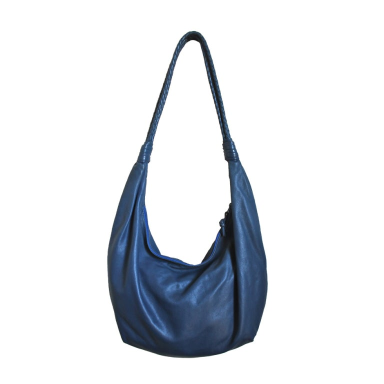 1980's BOTTEGA VENETA blue leather large hobo bag with woven straps 1