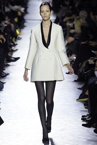 YVES SAINT LAURENT ivory wool tuxedo dress with black silk 3