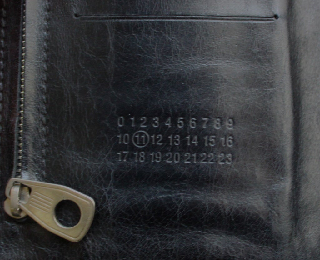 MARTIN MARGIELA black leather glove clutch - 2007 4