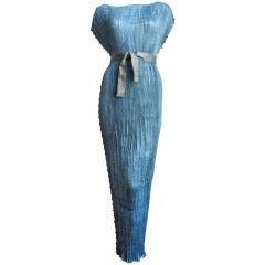 MARIANO FORTUNY blue silk Delphos gown with stamped belt - ca 1920