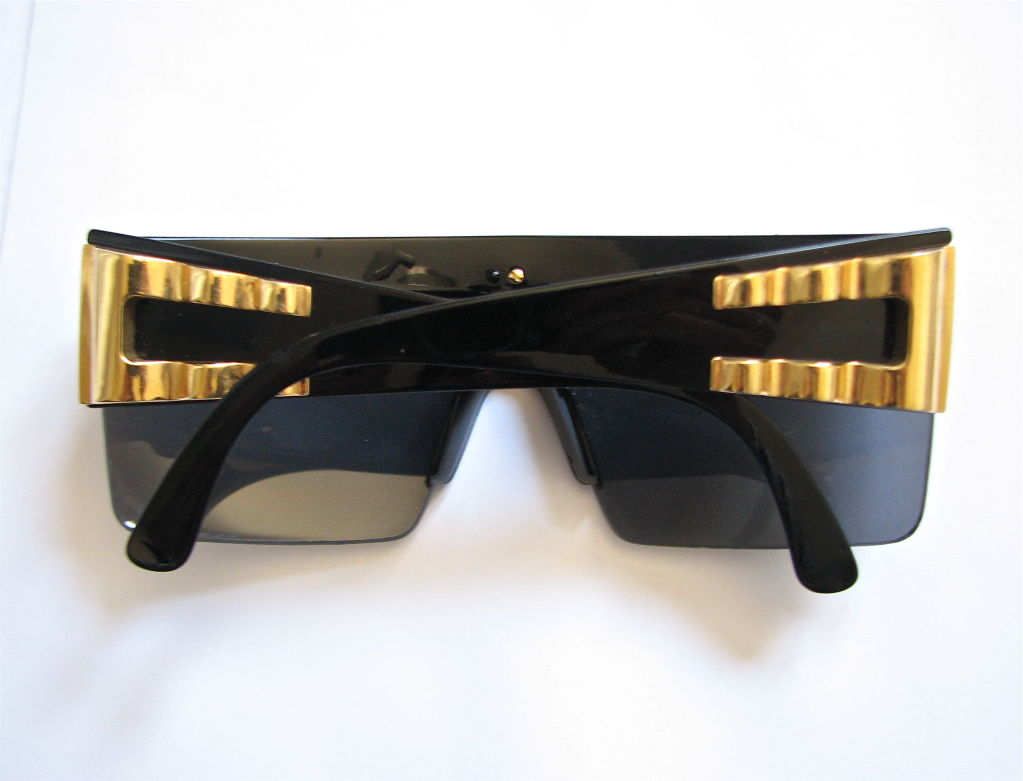GIANNI VERSACE black shield sunglasses with gold trim image 3