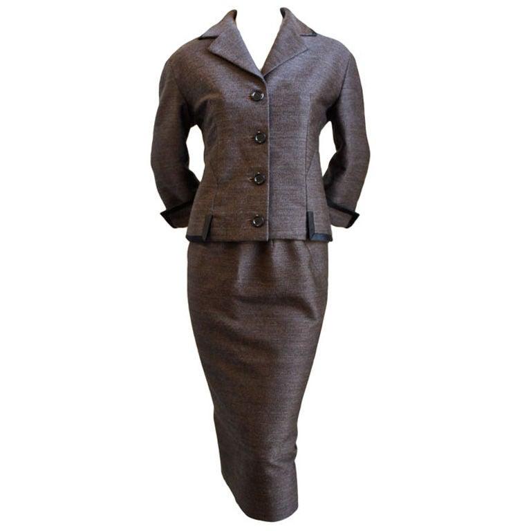 1960 39 s balenciaga haute couture suit for Haute couture suits
