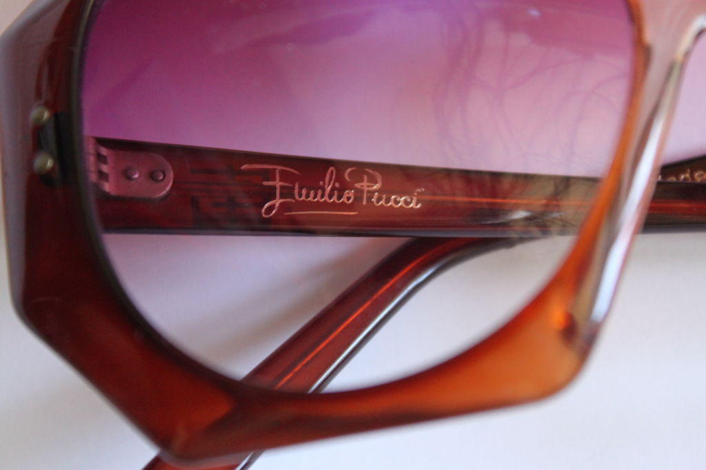 Oversized tortoise sunglasses with rose gradient lenses from Emilio Pucci dating to the 1970's. Made in Italy. Very good/excellent condition. Original case included.