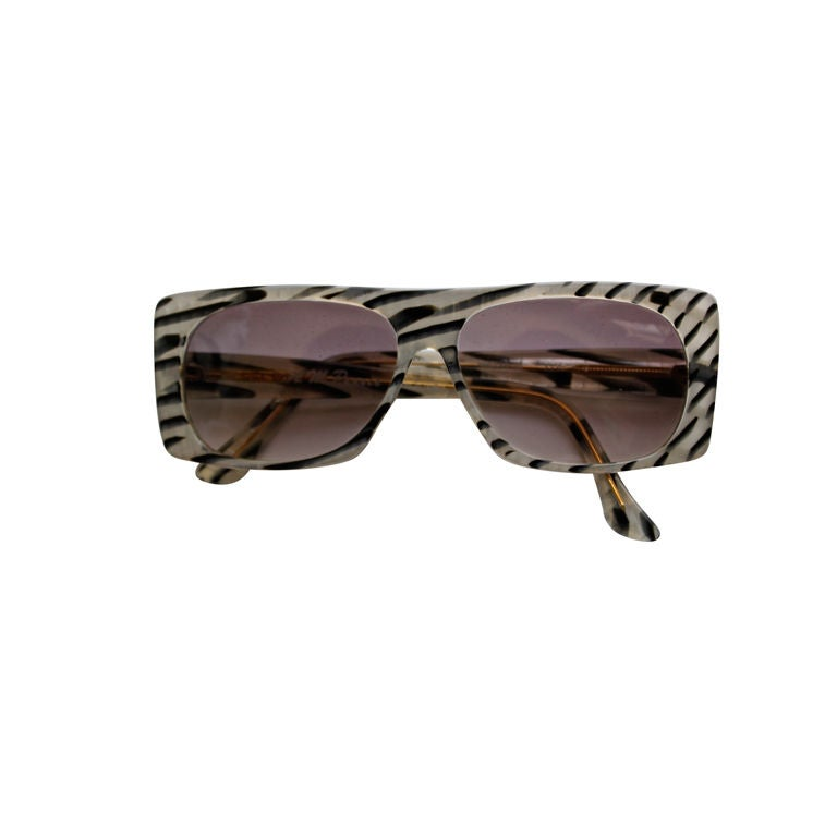 unworn ANNE MARIE PERRIS Abalone sunglasses