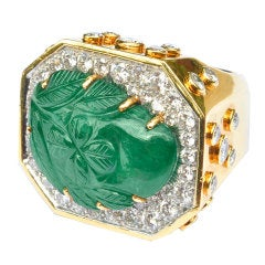 DAVID WEBB Carved Emerald Diamond Ring