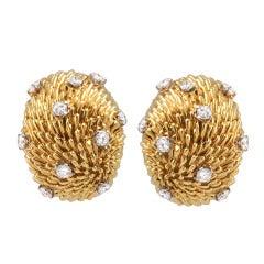 VAN CLEEF & ARPEL Gold and Diamond Earclips