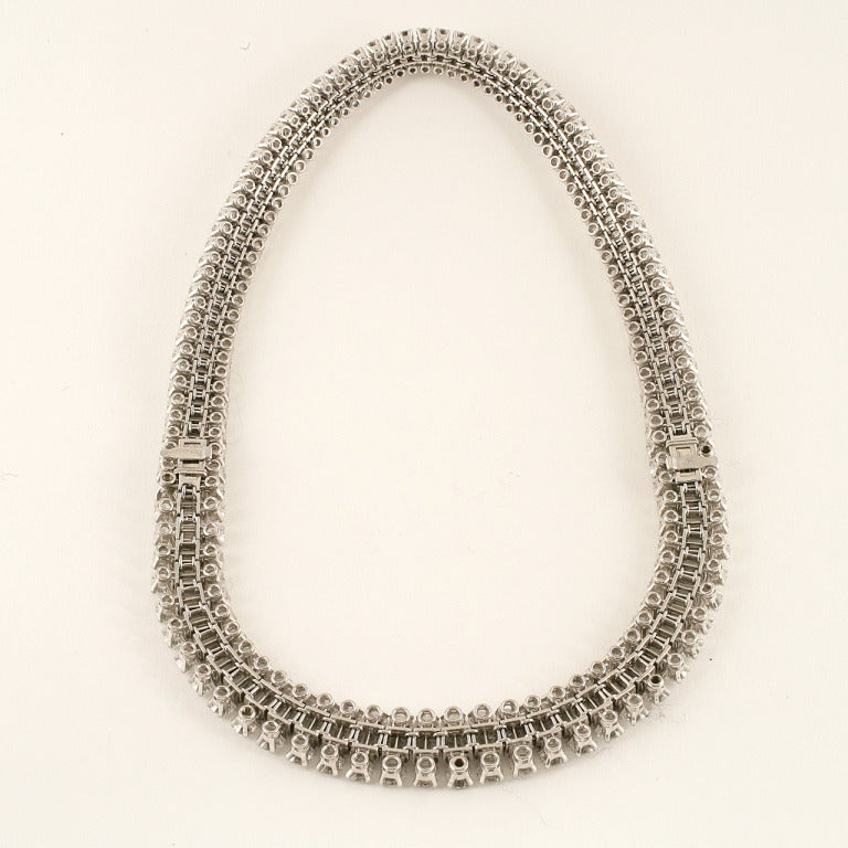 Mellerio Dits Meller Paris 1950s Diamond Platinum Necklace and Tiara In Excellent Condition For Sale In New York, NY