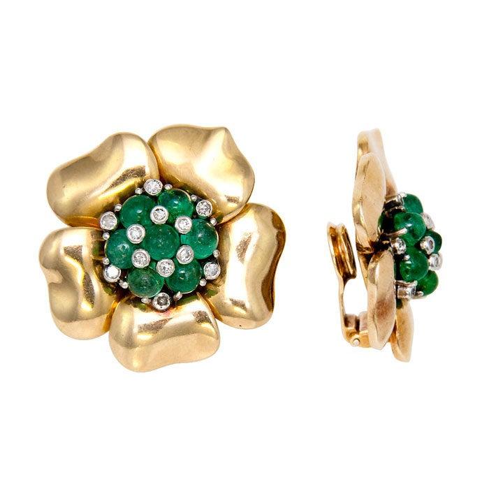 MAUBOUSSIN Emerald and Diamond Gold Retro Earclips 2