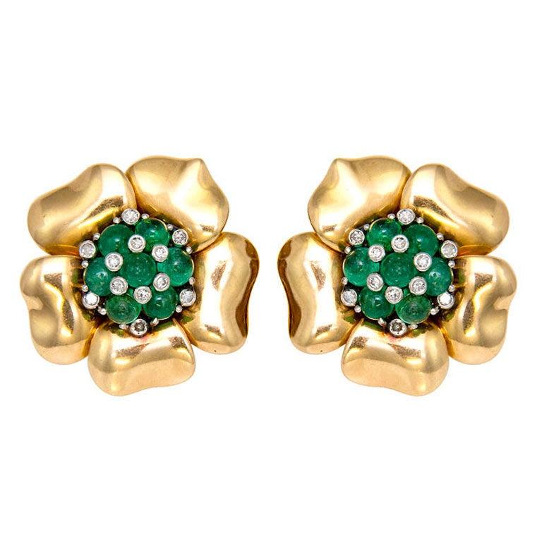 MAUBOUSSIN Emerald and Diamond Gold Retro Earclips 1