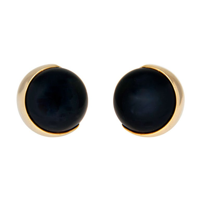 Gucci Onyx Yellow Gold Ear Clips 1