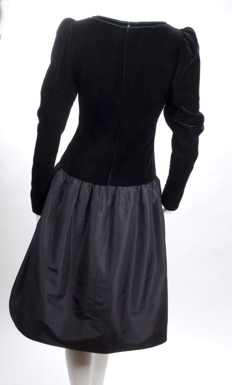 Vintage 80's Givenchy  Nouvelle Boutique Dress in Black & Royal Blue 6