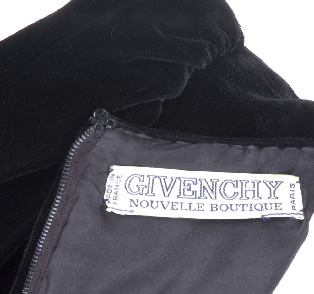 Vintage 80's Givenchy  Nouvelle Boutique Dress in Black & Royal Blue 7