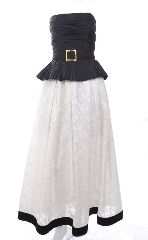 Vintage 1986 Chanel Boutique Gown Black Silk&White Embroidered Cotton 3