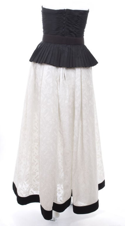 Vintage 1986 Chanel Boutique Gown Black Silk&White Embroidered Cotton 7
