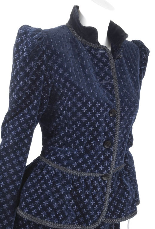Yves Saint Laurent Navy Velvet Knee Breeches Suit For Sale 2