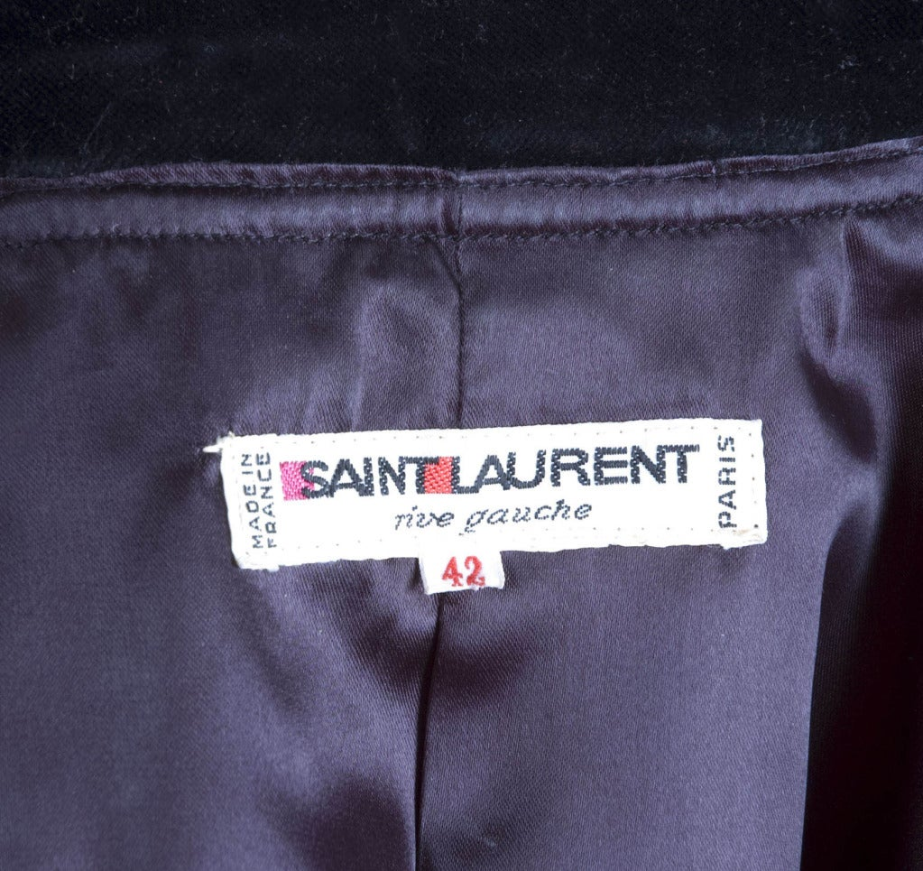 Yves Saint Laurent Navy Velvet Knee Breeches Suit For Sale 4