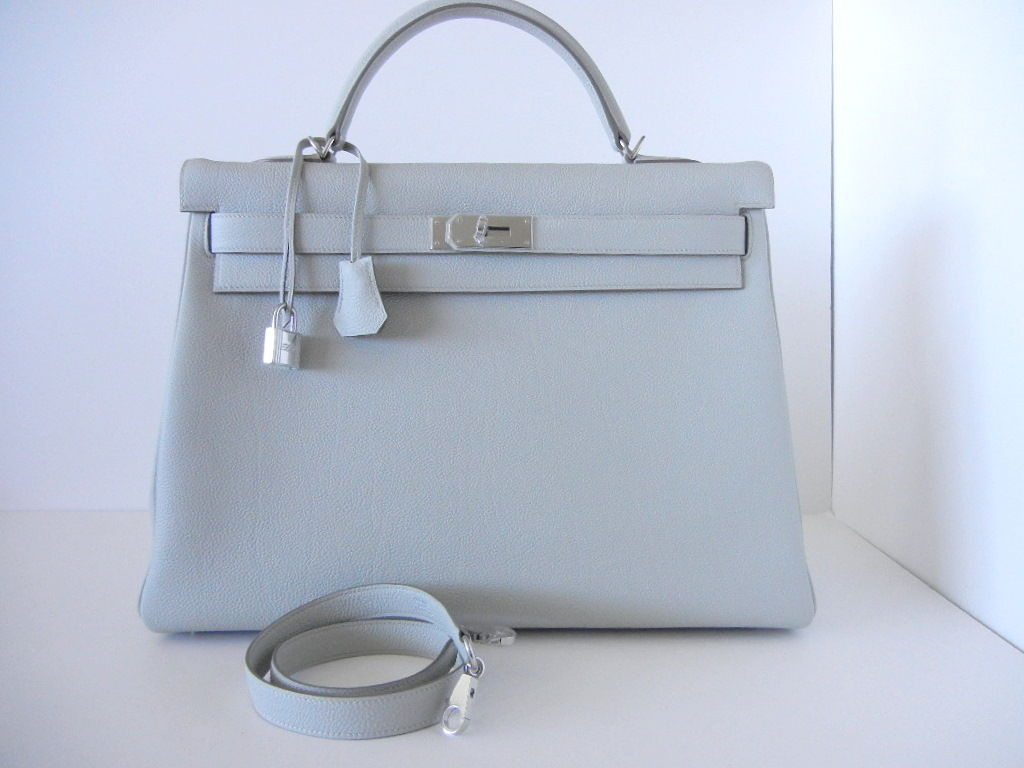 hermes kelly 40 bag gris perle new colour 40 supple at 1stdibs. Black Bedroom Furniture Sets. Home Design Ideas