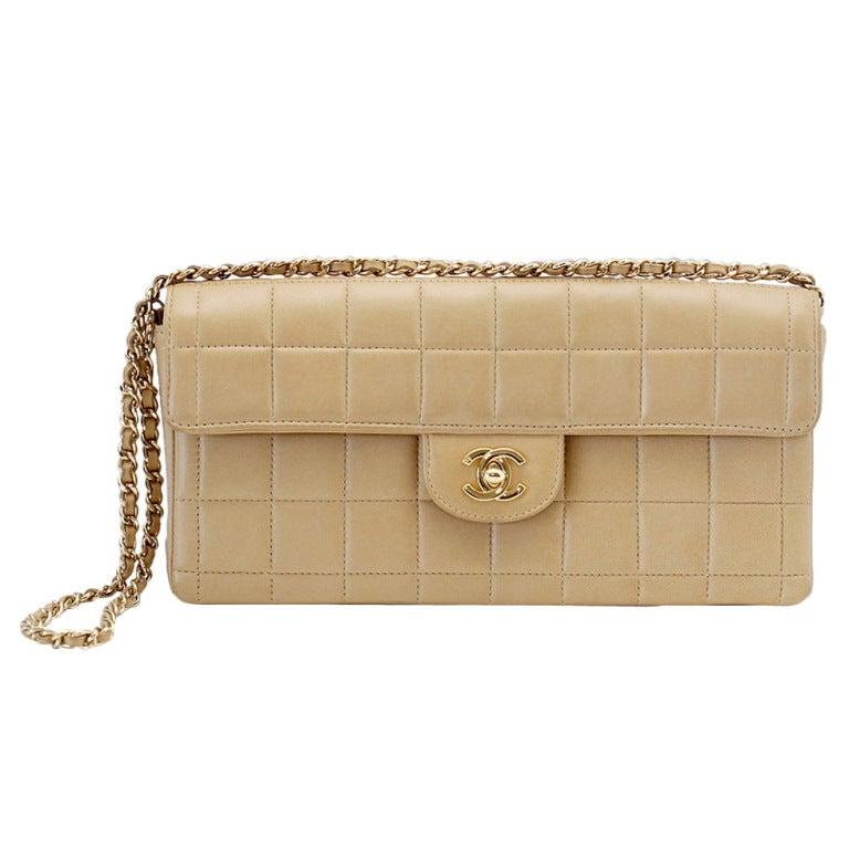 CHANEL bag classic east west flap shoulder  clutch square quilt 1