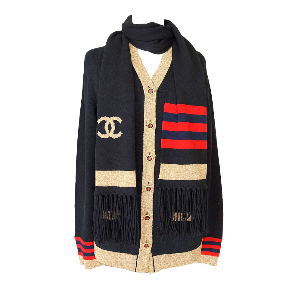 CHANEL 09A Cardigan w Scarf Cashmere Gold Trim star buttons NW 1