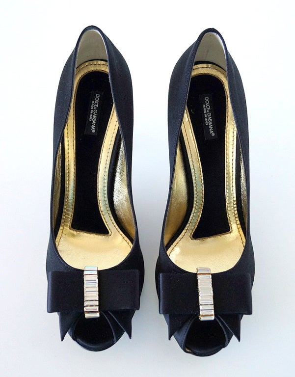 DOLCE GABBANA Peeptoe Shoe gorgeous tuxedo Bow Diamantes New 9.5 2