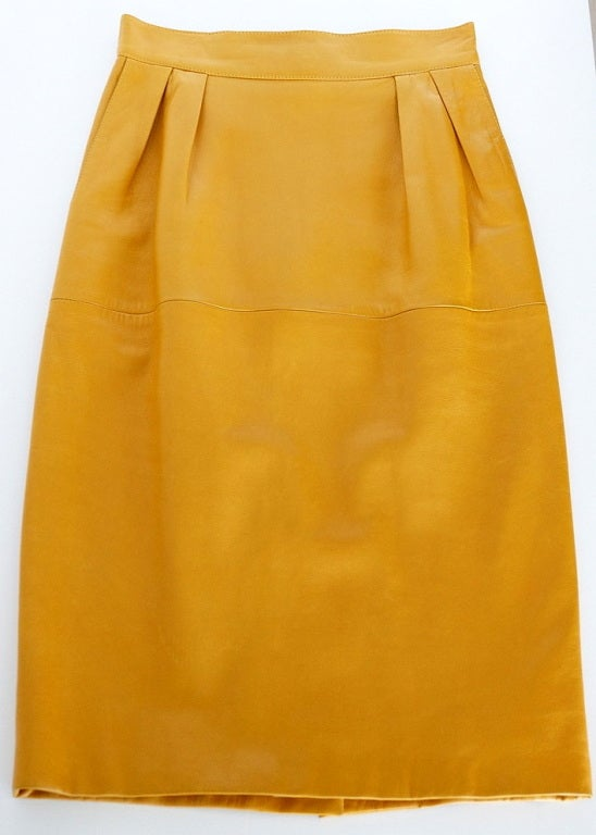 hermes skirt pigskin leather golden mustard 38 fits 4 to 6
