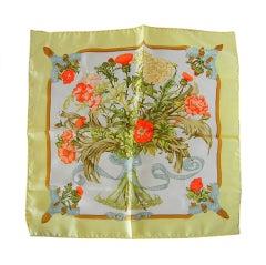 HERMES Scarf print REGINA charming silk small scarf